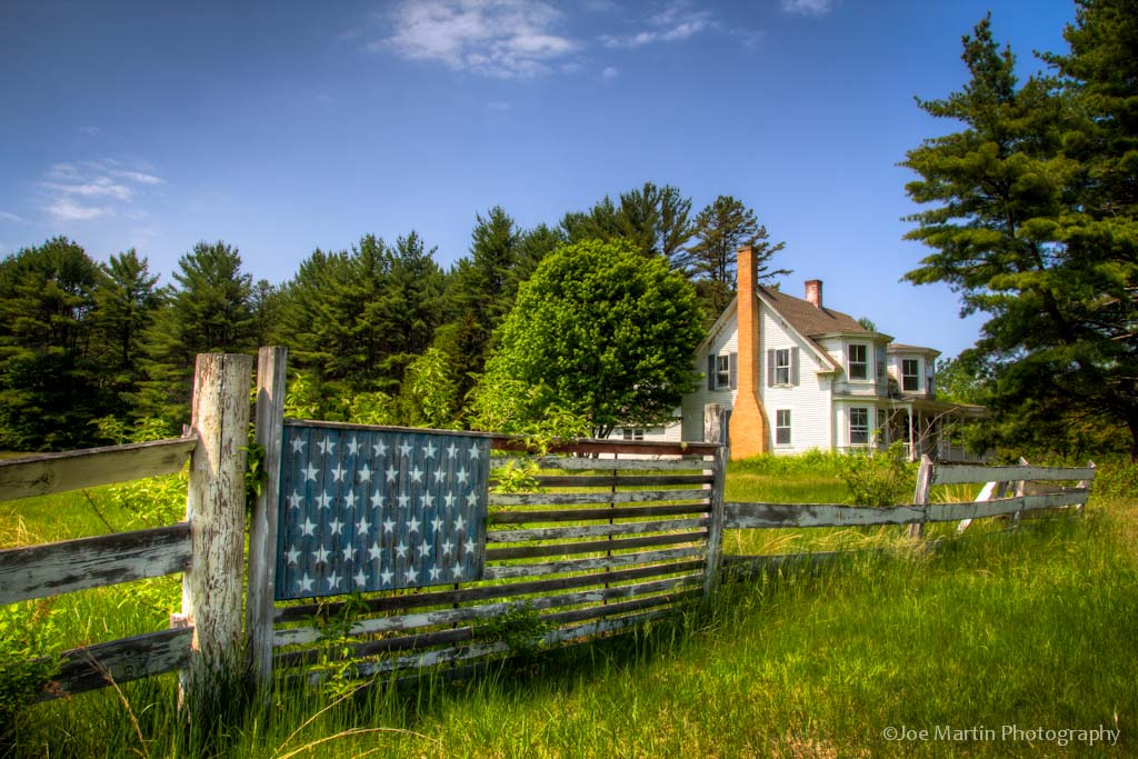 HDR IN New Hampshire flag fence