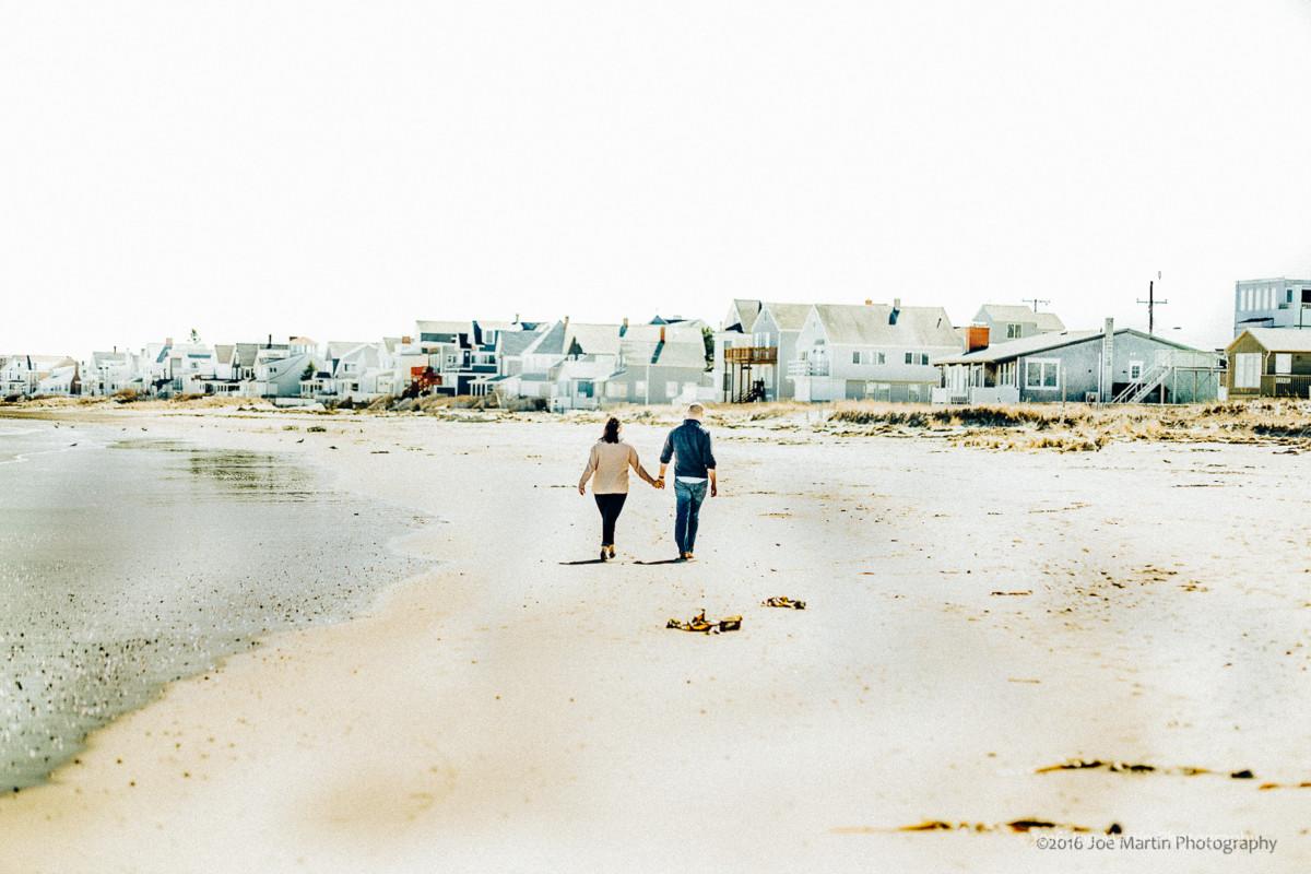 Engagement Session at Wells Beach Maine | Sarah & Tom | New Hampshire Wedding Photographers Blog