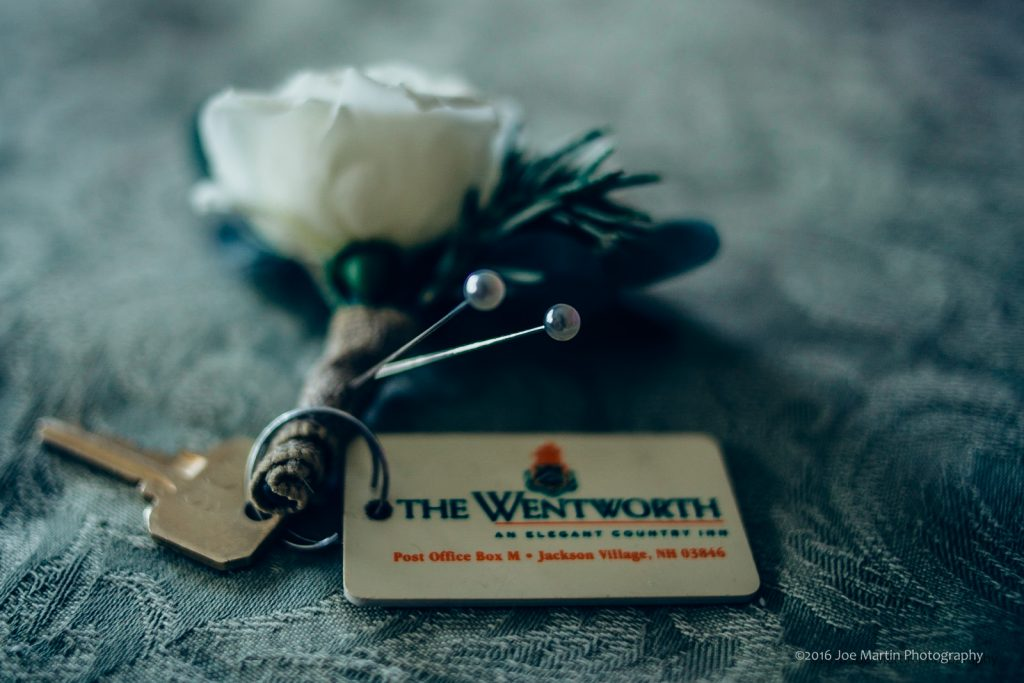 Room key and flowers for a New Hampshire wedding