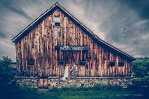 moody wedding photo in Jackson NH