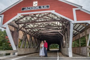 Wedding photos in the Jackson covered bridge