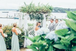 a coule getting married at Jones landing on peaks island maine